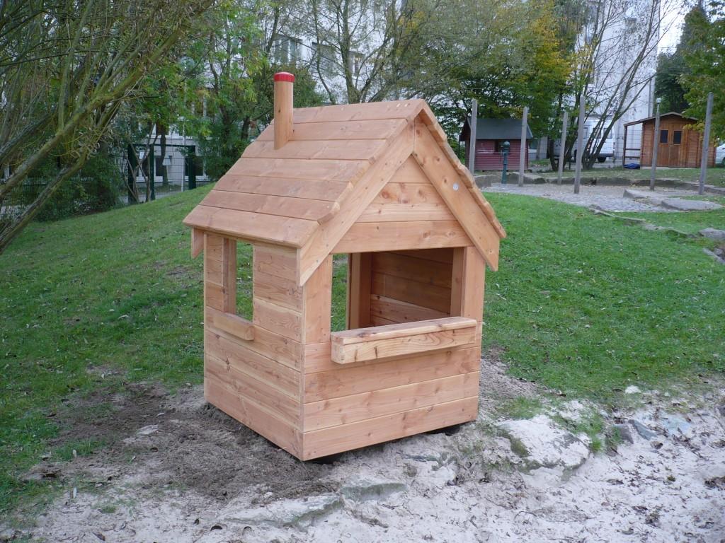 Kleines Haus mit Durchreiche