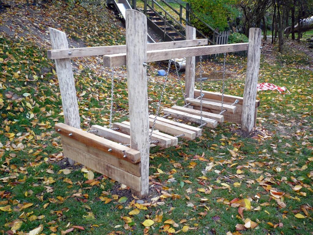 Wackelbrücke aus Robinie